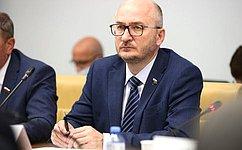 О. Цепкин провел прием граждан вЧелябинске