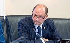 В. Лакунин: ВРостовской области представители общественных организаций активно вовлечены врешение проблем региона