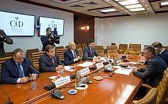 Сенаторы В. Джабаров иФ. Мухаметшин встретились сПрезидентом Приднестровской Молдавской Республики В. Красносельским
