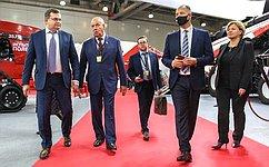 С. Митин: Специализированная выставка— возможность заявить опозитивных тенденциях вроссийском сельхозмашиностроении