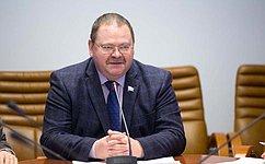 О.Мельниченко: Для сокращения аварийного жилищного фонда нужны постоянно действующие механизмы переселения граждан