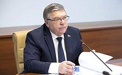 Необходимо ввести новый стандарт сертификации деятельности воспитателей илицензирование деятельности нянь— В.Рязанский