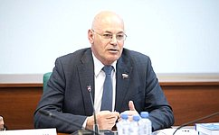В. Круглый: Безусловный приоритет Послания Президента РФ Федеральному Собранию– сбережение нации
