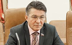 В. Озеров: Дальневосточники признательны Совету Федерации запомощь иподдержку