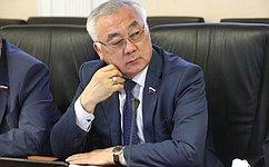 Б. Жамсуев: Ход реконструкции краевого драматического театра обсудили вправительстве Забайкалья