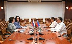 Л. Талабаева провела встречу сЧрезвычайным иПолномочным Послом Республики Филиппины вРоссии К.Сорретой