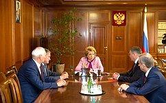 Председатель СФ В. Матвиенко игубернатор О.Кувшинников обсудили вопросы социально-экономического развития Вологодской области
