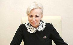 Комитет СФ пообороне ибезопасности поддержал принятие Присяги при получении российского гражданства– сенатор О.Ковитиди