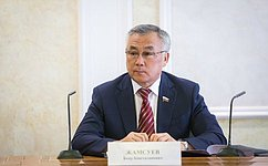 Б.Жамсуев: Территории опережающего развития должны обеспечивать как интересы бизнеса, так иинтересы жителей регионов