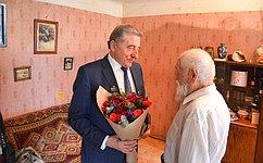 С. Лукин поздравил со100-летием ветерана Великой Отечественной войны