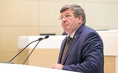 В. Семенов: Врамках Красноярского экономического форума состоялся открытый диалог власти, бизнеса иобщества