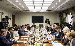 Ю.Воробьев подвел итоги работы Комитета общественной поддержки жителей Юго-Востока Украины за2015год