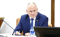 А. Кондратенко обсудил детали законотворческого процесса спарламентариями Краснодарского края