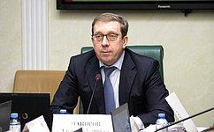 Сенаторы обсудили актуальные вопросы развития агропромышленного комплекса иприродопользования вНенецком автономном округе