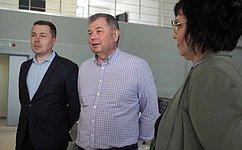А. Артамонов вКалуге ознакомился сходом работ воДворце спорта