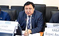 ОтАрктики доконкретного полюса холода— круг интересов сенатора А.Акимова