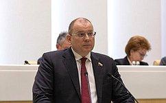 К. Долгов: Подготовленный законопроект защитит экспортеров отриска неполучения экспортной выручки вусловиях пандемии