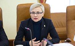 Л.Бокова: Нужно нивелировать риски иугрозы, скоторыми сталкиваются современные дети всети Интернет