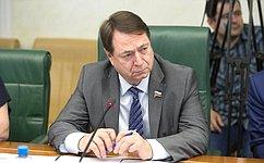 С.Шатиров провел совещание поформированию цен напригородные пассажирские перевозки