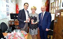 Д.Шатохин вручил новогодние подарки детям Усть-Куломского района