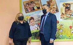 Ю. Валяев посетил специализированный Дом ребенка вБиробиджане