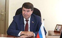 Запрошедший год СФ рассмотрел иодобрил восемь инициированных крымскими парламентариями федеральных законов— С.Цеков