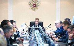 Законопроект орасширении перечня адресатов парламентского идепутатского запросов одобрен профильным Комитетом СФ