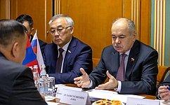 Взаимоотношения России иМонголии находятся навысоком уровне— И.Умаханов
