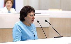 Е.Бибикова: Санкции акцентировали внимание нанеобходимости развития экономики страны