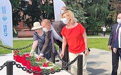 И.Святенко: Памятники, посвященные подвигу героев Великой Отечественной войны, важны для будущих поколений