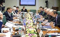 К.Косачев: Ситуация всфере контроля над ядерным оружием требует выверенных, новтоже время свежих инестандартных решений