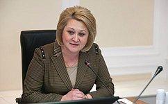 Л. Гумерова: Наш законопроект нацелен насовершенствование реализации права граждан набесплатное профессиональное обучение