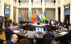 В. Матвиенко призвала готовиться квосстановлению объемов трудовой миграции ивыработать правила сучетом эпидемиологической обстановки