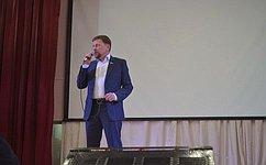 В.Харлов принял участие вцеремонии вступления новых участников вряды юнармейцев