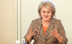 Л. Гумерова: ВРоссии создаются условия для реализации потенциала женщин-ученых