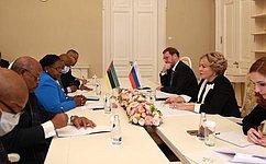 Российско-мозамбикское межпарламентское взаимодействие вносит заметный вклад вукрепление всего комплекса двусторонних отношений– В.Матвиенко