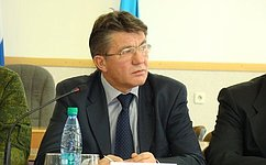 В. Озеров: Хабаровские парламентарии утвердили закон опотребкорзине ипрожиточном минимум