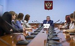 В.Рязанский: Необходим единый подход крегулированию волонтерской деятельности