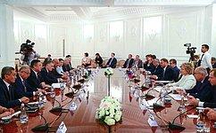 В.Матвиенко: Запоследние годы Россия иУзбекистан добились значительного прогресса врасширении отношений вовсех сферах