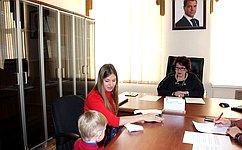 Л. Талабаева обсудила сжителями Приморского края социальные вопросы