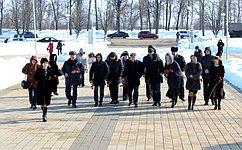 Сенаторы посетили мемориальный комплекс «Прохоровское поле»