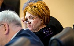 Многодетные семьи обретут новый статус взаконодательстве– Н.Болтенко