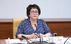 Л. Талабаева встретилась спредседателем Законодательного Собрания Приморского края