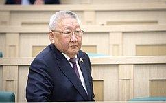 Е.Борисов продолжает заниматься проблемой упорядочения добычи останков мамонтовой фауны