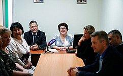 Многосторонний диалог общественности ивласти помогает скорректировать иускорить решение проблем населения— Л.Талабаева