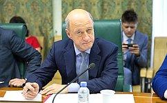 ВСовете Федерации обсудили вопросы увеличения скорости грузоперевозок ипассажиров сДальнего Востока дозападной границы нашей страны