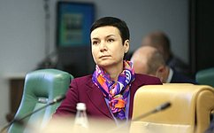 И. Рукавишникова провела вростовском вузе мастер-класс натему «Современные финансовые инструменты вправовом измерении»