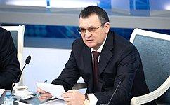 Н. Федоров провел заседание Совета повопросам агропромышленного комплекса иприродопользования при СФ