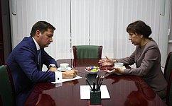 В.Зганич иврио губернатора НАО А.Цыбульский обсудили ситуацию всоциальной сфере региона
