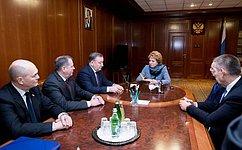 Председатель СФ В. Матвиенко игубернатор А. Карлин обсудили перспективы социально-экономического развития Алтайского края